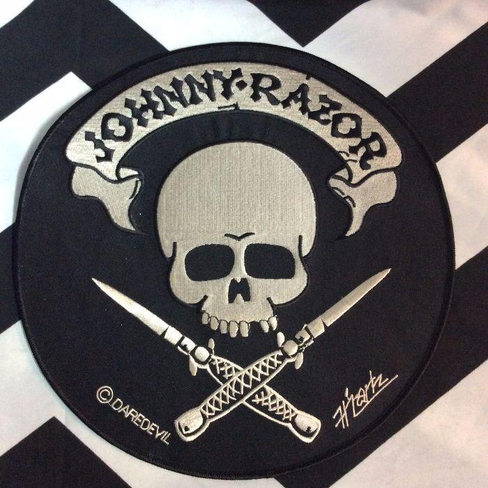 JOHNNY RAZOR SKULL & KNIVES BACK PATCH - LARGE 1