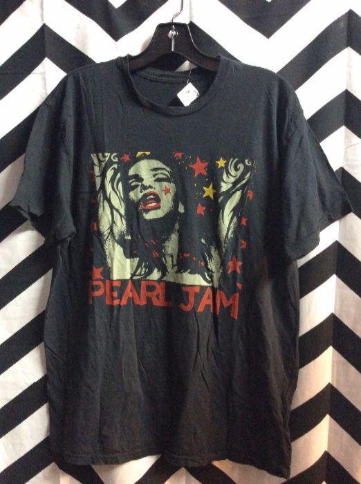TSHIRT Pearl Jam Girl Graphic 1
