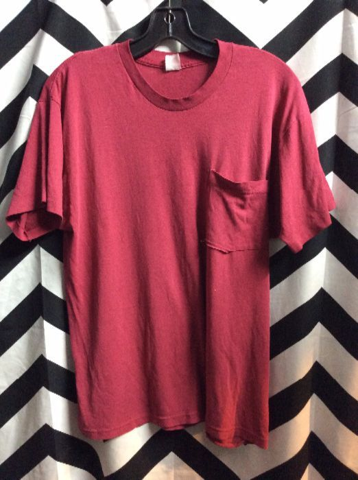 Thin Soft Pocket Tee Faded Red 4K 1