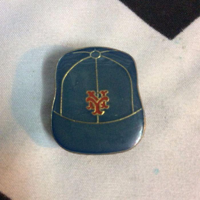 BW PIN - Retro NY Mets Logo Vintage CAP 1