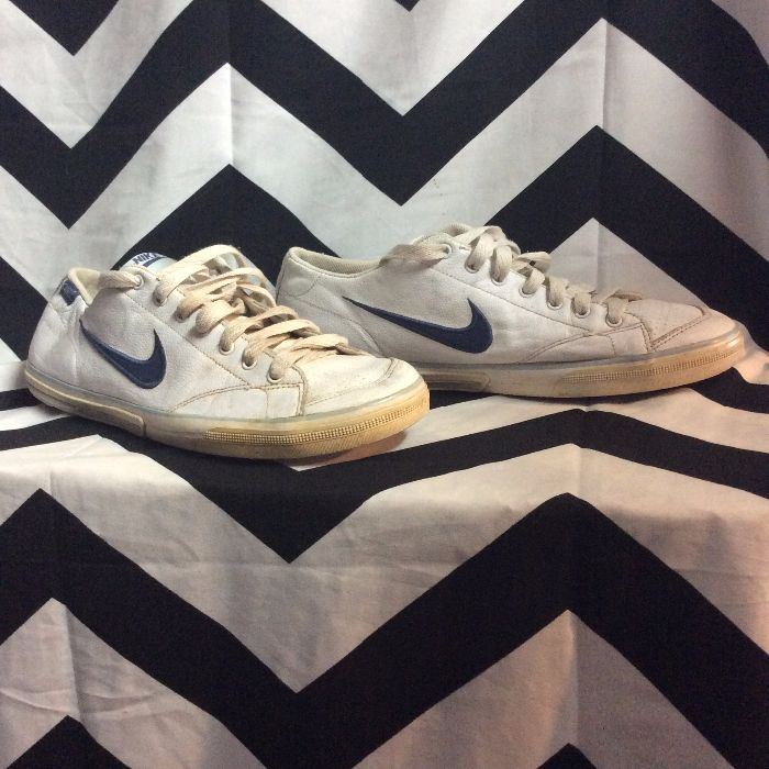 RETRO LEATHER NIKE TENNIS SHOES NAVY SWOOSH as-is 1