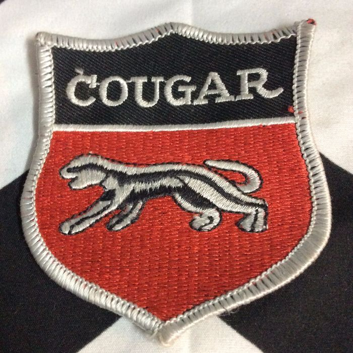 PATCH- COUGAR EMBLEM 1970s *OLD STOCK 1