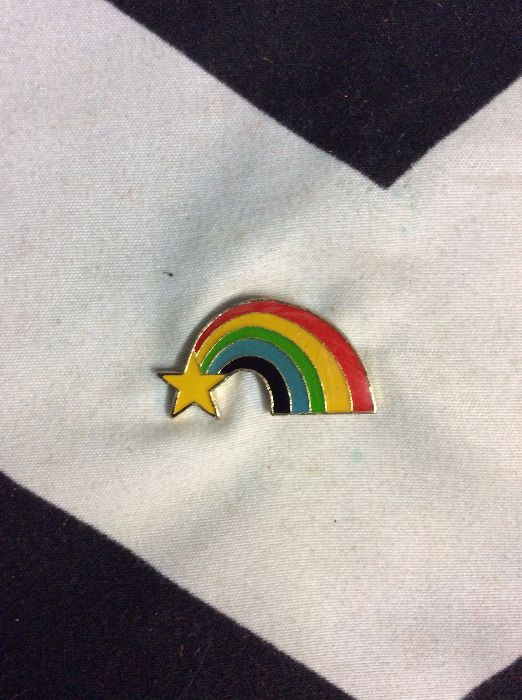 BW PIN- Rainbow with Star- 880 1