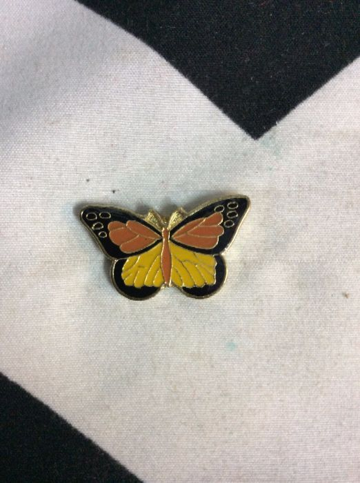 BW PIN- Small Monarch Butterfly- 321 4