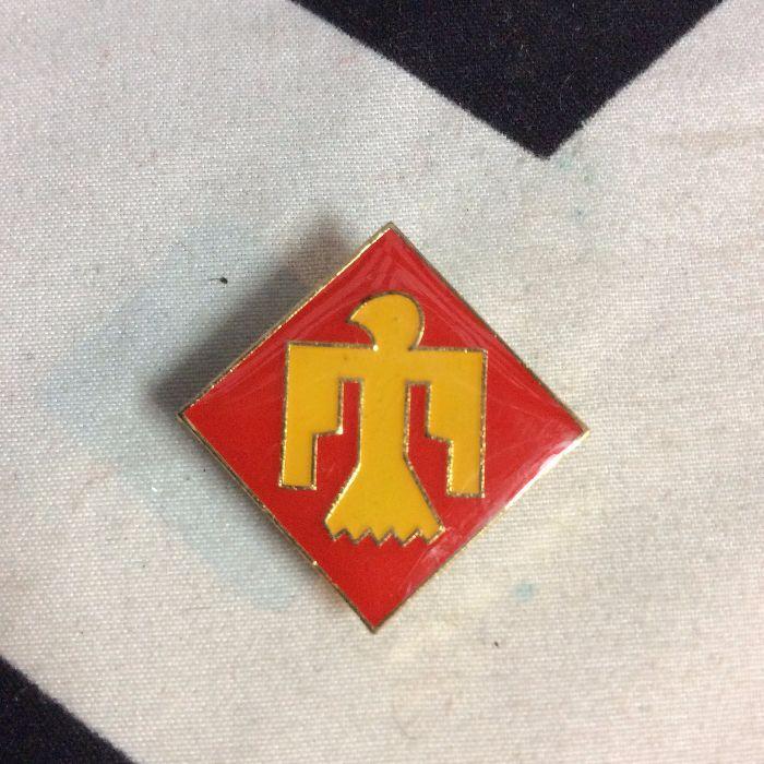 BW PIN- Thunderbird 45th infantry Red Yellow- 867 1