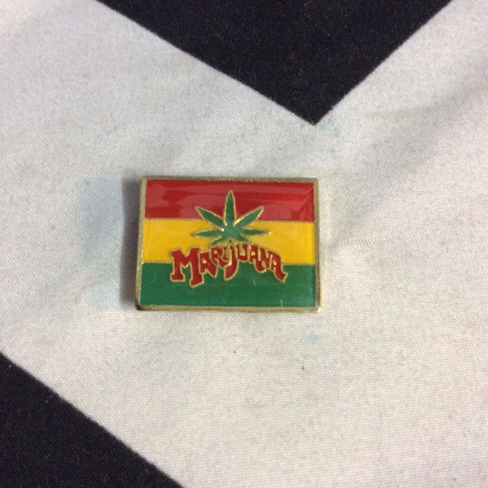 BW PIN- Rasta Flag Marijuana Leaf- 4710 1