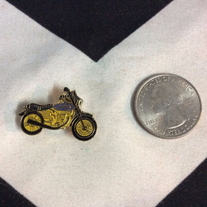 BW PIN- Motorcycle Triumph Blue Yellow- 96 2