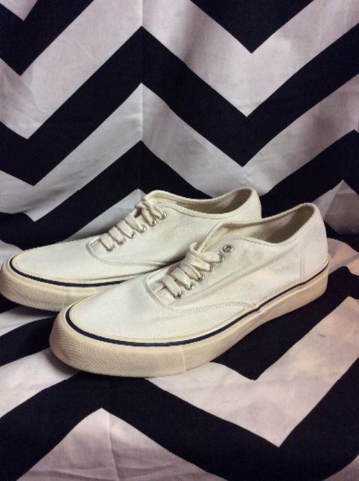 CLASSIC CANVAS LACE UP SHOES as-is 1