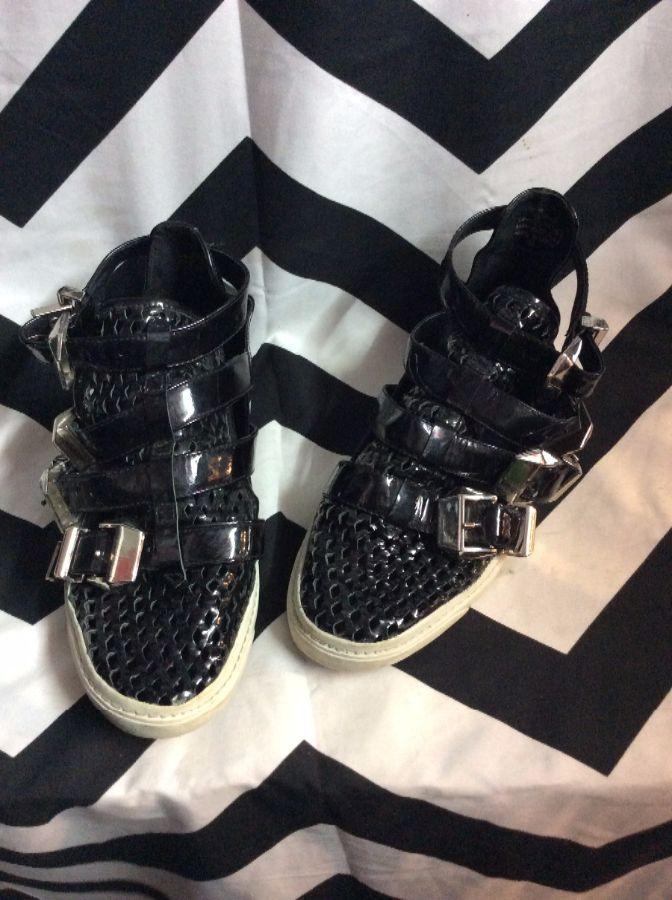 Four Buckle Straps High Top Mesh Toe Pleather 1