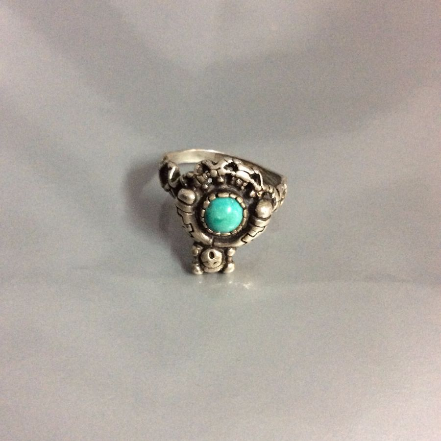 Little Kachina Doll Sterling silver Ring Little turquoise stone Signed 4