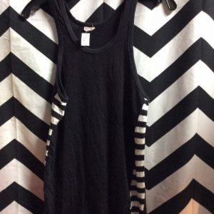 TANK TOP RETRO BLACK AND WHITE STRIPE SIDES 1