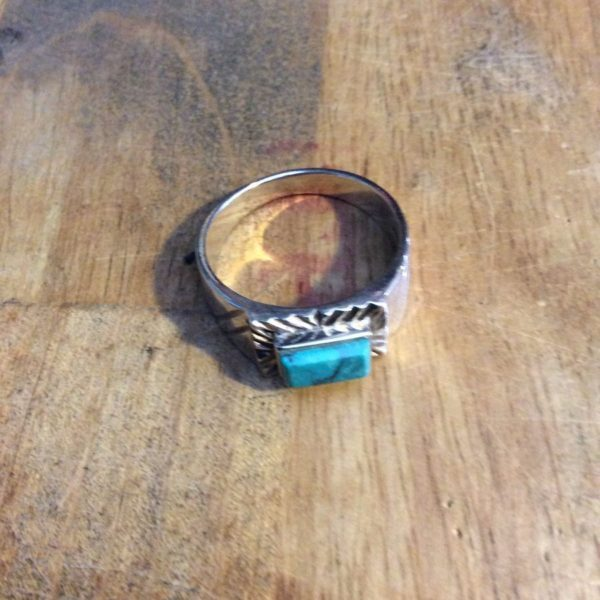 NATIVE AMERICAN TURQUOISE STONE STERLING SILVER RING 1