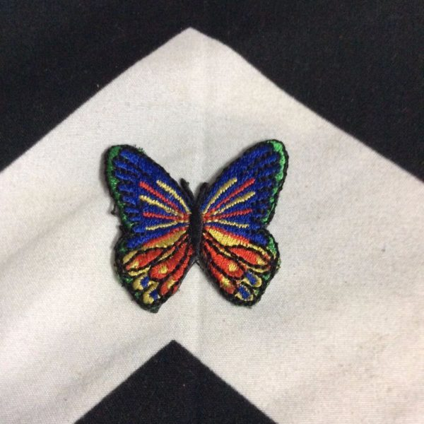 BW PATCH SMALL BUTTERFLY BLUE YELLOW RED 1