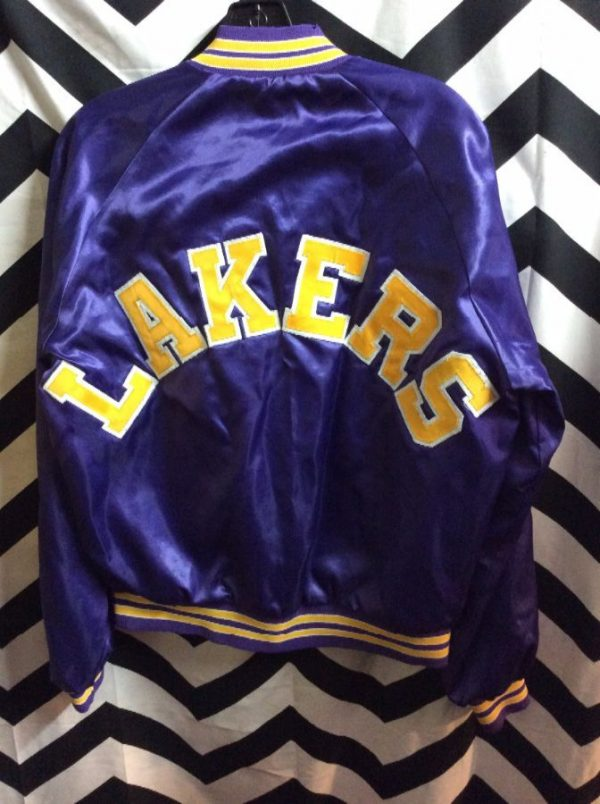 NBA Los Angeles Lakers Satin button up jacket w/ Letters on back 2