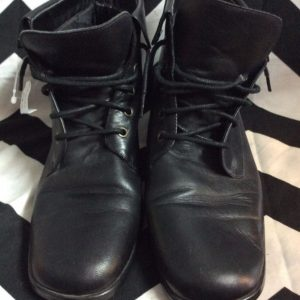LITTLE LACE UP LEATHER BOOTIES BLOCK HEEL 1