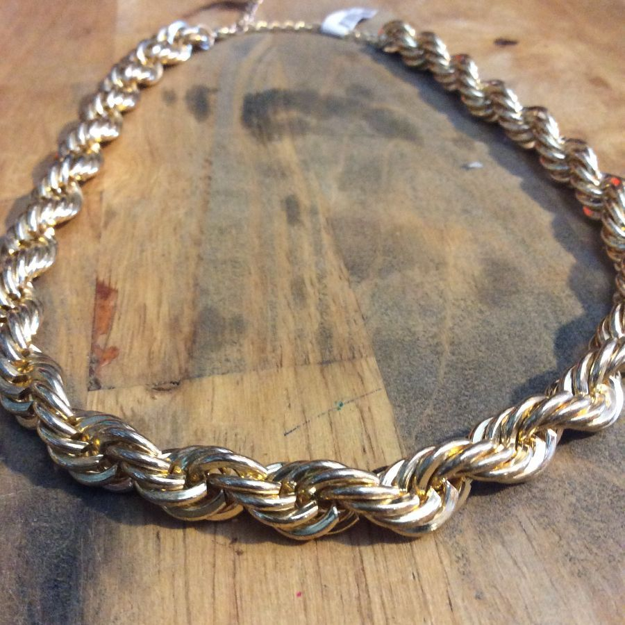 RETRO TWISTED CHAIN HEAVY GOLD NECKLACE 1