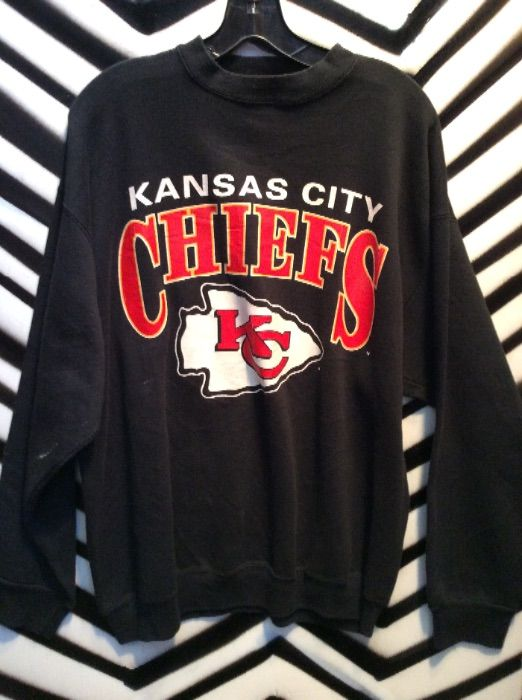 KANSAS CITY CHIEFS PULLOVER SWEATSHIRT » Boardwalk Vintage 8fa200517190