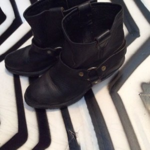 OIL TREATED LEATHER MOTORCYCLE BOOTS W/ HARNESS 1