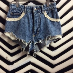 ACID WASH CUT OFF SHORTS LACE TRIM 1
