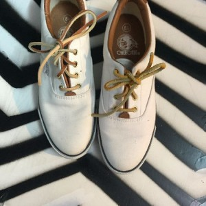 CANVAS SNEAKERS LEATHER LACES as-is 1