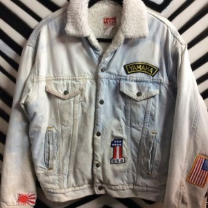 LEVIS JACKET WHITE SHERPA LINING W/ PATCHES 1