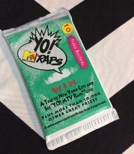 product details: YO MTV RAPS TRADING CARDS photo