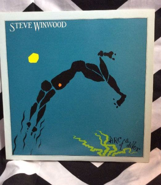 product details: VINYL RECORD - STEVE WINWOOD - ARC OF A DIVER photo