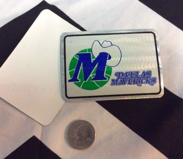 product details: DALLAS MAVERICKS VENDING CARD STICKER photo