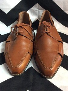 *DEADSTOCK BROWN ESPRIT LEATHER SHOES CUT OUTS 1