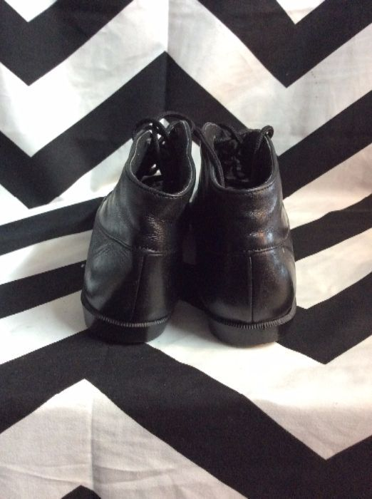 MUNRO BLACK LACE LEATHER SHOES 3