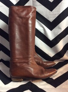 BROWN SOFT LEATHER TALL FLAT PIXIE BOOTS 2