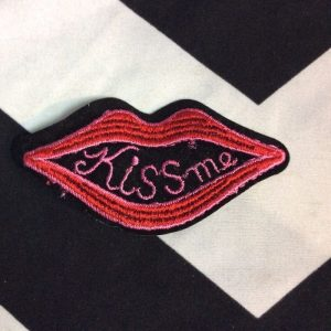 BW PATCH- Kiss ME Lips Patch 1210 *old stock 1