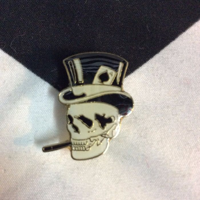 PINS SKULL WITH TOPHAT & CIG 1