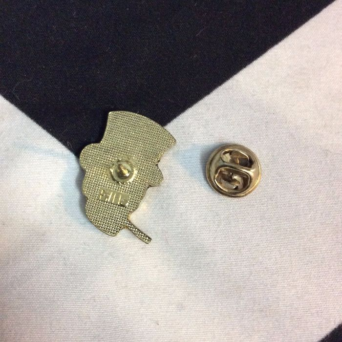 PINS SKULL WITH TOPHAT & CIG 3