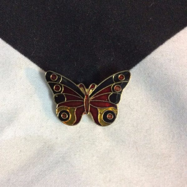 product details: BW PIN - CLASSIC BUTTERFLY photo