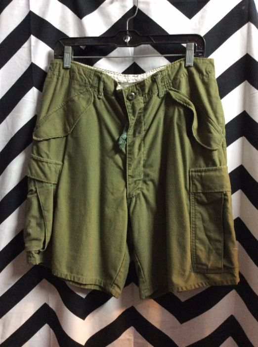 product details: CARGO SHORTS - MILITARY ISSUED - MEN'S photo
