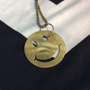 LARGE SMILEY FACE CHAIN (long length) 1
