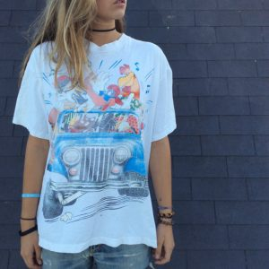 TSHIRT LOONEY TOONS JEEP GRAPHIC 1993, soft, faded, oversized, 1990s 0