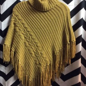 LITTLE KNIT & FRINGE PONCHO 1