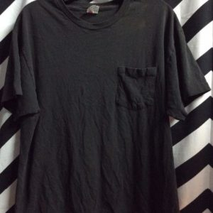 Plain Soft Black Front Pocket Tee 4K 1