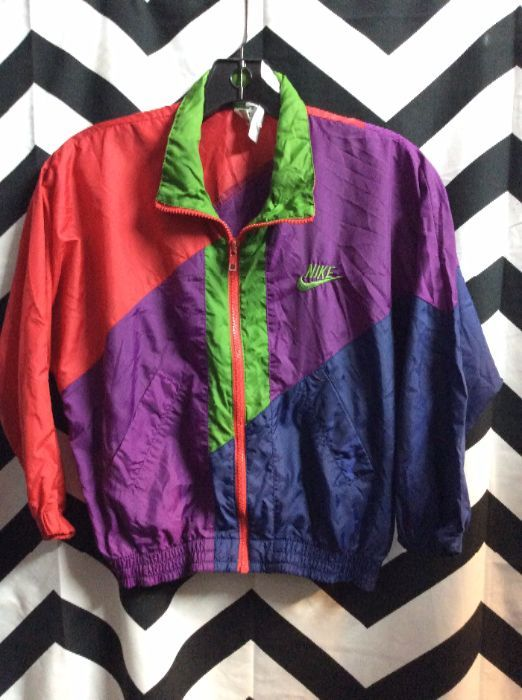 fd9f70315de7 NIKE WINDBREAKER JACKET - COLOR BLOCK - NEON COLORS » Boardwalk Vintage