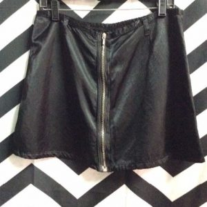11-06 SATIN SKIRT ZIPPER POCKETS 1