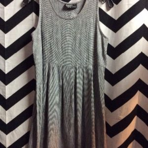 Dress Sleeveless Small Houndstooth Print 1
