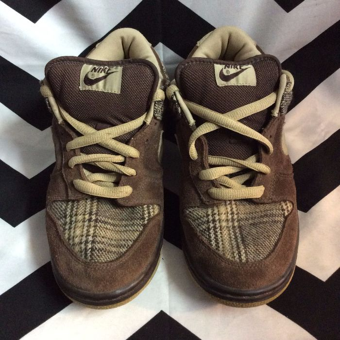 NIKE SWOOSH Brown and Plaid Low top Shoes 1