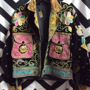 VELVET BUTTON UP JACKET W EMBROIDERED INDIAN PATTERNS 1