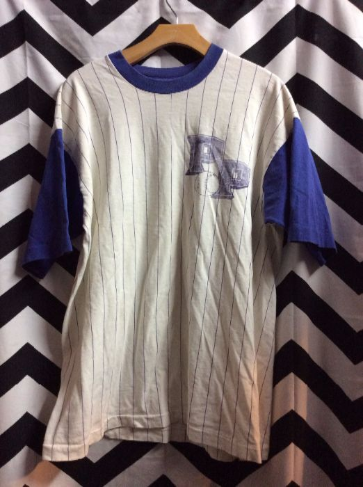 71399f203 BASEBALL JERSEY STYLE T-SHIRT – PP – PINSTRIPED DESIGN – CONTRASTING SLEEVES