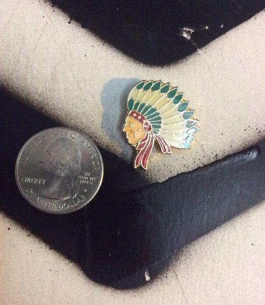 product details: PIN – INDIAN CHIEF photo