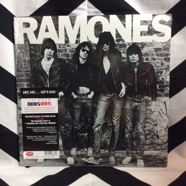 product details: BW VINYL Ramones Ramones photo