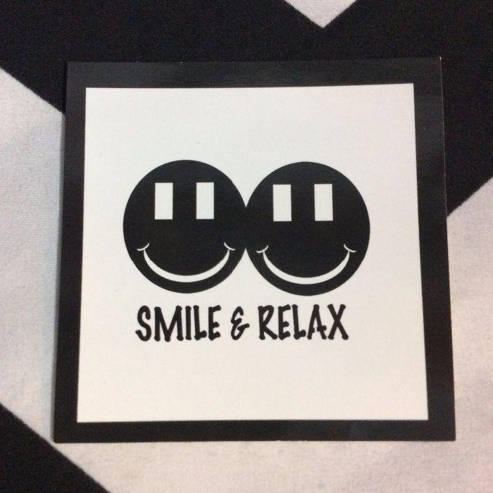 STICKER- Smile & Relax 1