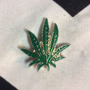 BW PIN - CLASSIC POT LEAF 1